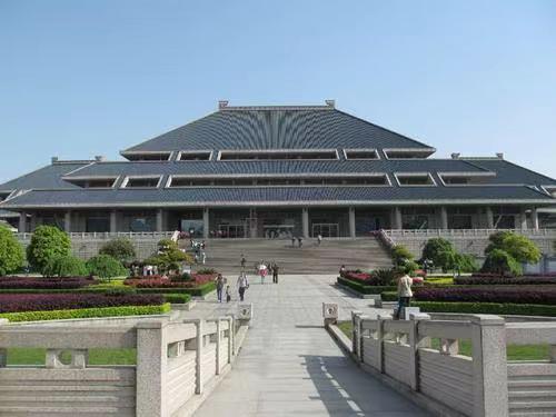 湖北省博物馆